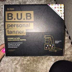 Personal self tanning machine